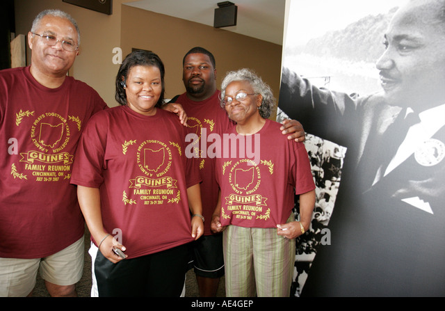 Ohio, Cincinnati, National Underground Railroad Freedom Center, Guines family reunion tee shirts, Black men, women, - Stock Image