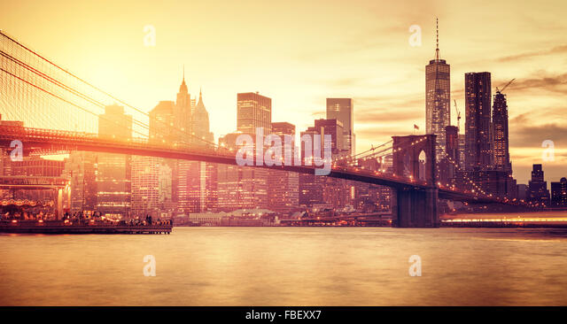 Retro stylized Manhattan at sunset, New York, USA. - Stock Image