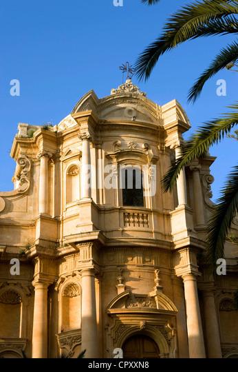 Italy, Sicily, Noto, Baroque town listed as World Heritage by UNESCO, Piazza XVI Maggio, San Domenico Church - Stock-Bilder