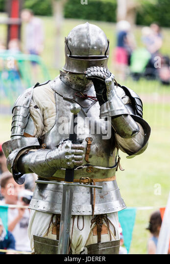Knight In Armour Stock Photos & Knight In Armour Stock ...