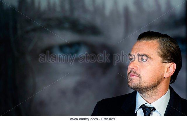 epaselect epa05102311 US actor/cast member Leonardo DiCaprio arrives for the premiere of 'The Revenant' - Stock Image