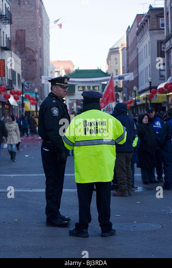 how to become a boston police officer