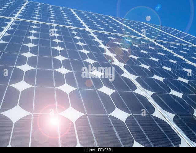solar-panel-photovoltaic-cells-array-clo