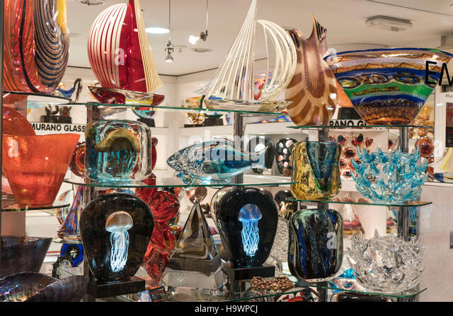 Murano Glass in  Shop window , Venedig, Venezia, Venice, Veneto, Italy, Italia, Europe, - Stock Image
