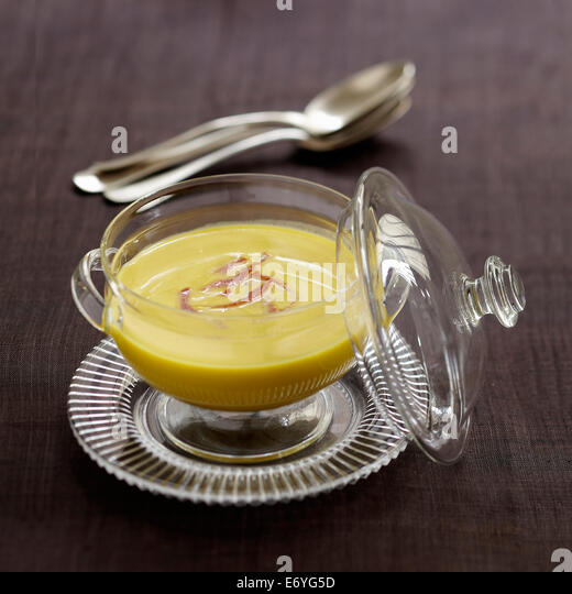 Cream of split pea soup with bacon - Stock Image