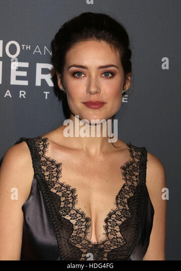 19 megan boone actress - photo #18