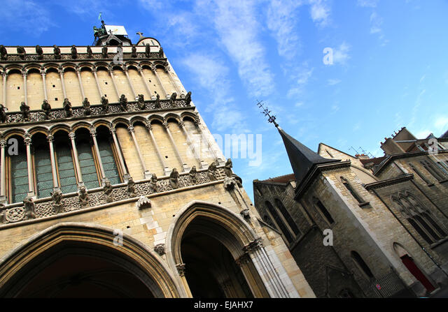 dijon cathedral in burgundy france stock photos dijon cathedral in burgundy france stock. Black Bedroom Furniture Sets. Home Design Ideas