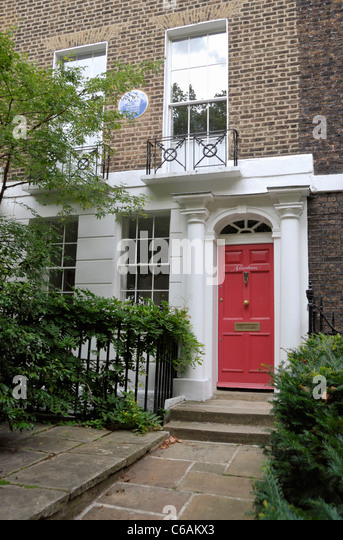House formerly occupied by the architect Sir Geoffrey Jellicoe at 19 Grove Terrace, Dartmouth Park, London, England - Stock Image