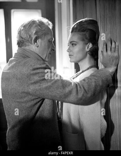 Jules Dassin directs Romy Schneider / 10:30 P.M. Summer / 1966 directed by Jules Dassin - Stock Image