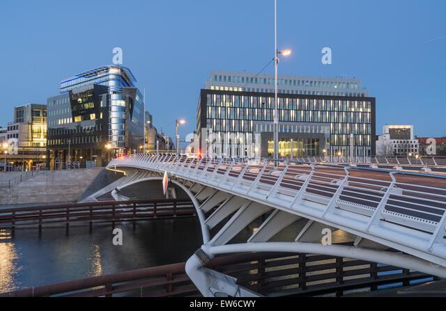Kronprinzen Bridge, Modern architecture, Calatrava bridge, Spreeeck, Bundespressekonferenz, Berlin , Germany - Stock Image