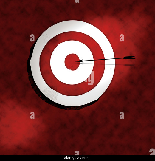 Bullseye with arrow illustration - Stock Image