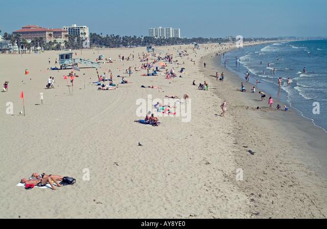 Santa Monica  California, CA, USA, US sandy beach, blue water, waves, people  beach hotels,  amusement park, - Stock Image