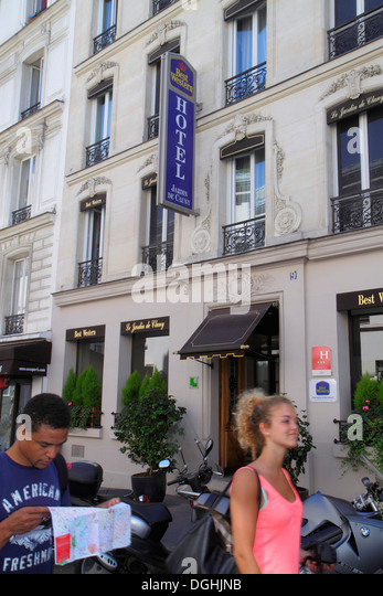 Hotel cluny stock photos hotel cluny stock images alamy for Best western jardin de cluny paris france