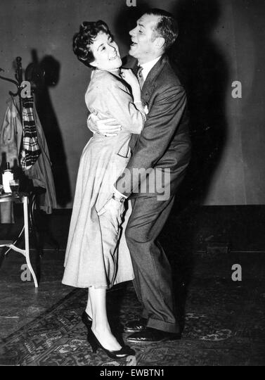 laurence olivier and joan plowright in' the entertainer',1957 - Stock Image