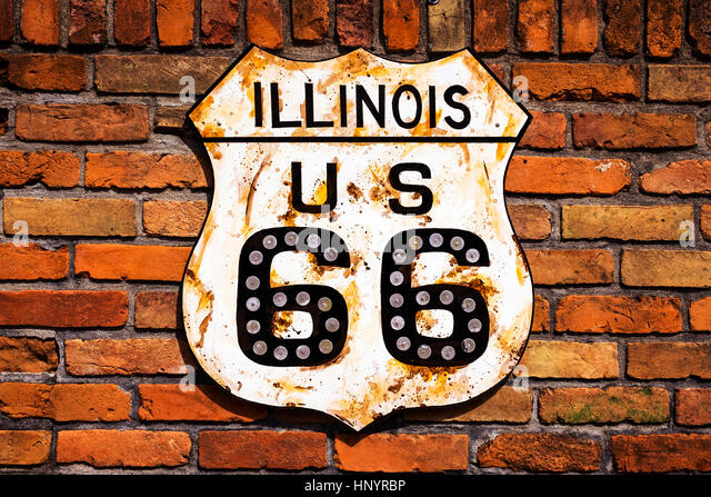 Rusty Route 66 Road Sign in a brick wall in the State of Illinois, USA - Stock-Bilder