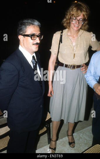 British actress Vanessa Redgrave with former Iraqi Minister of Information and Vice President Tariq Azziz in Baghdad - Stock Image
