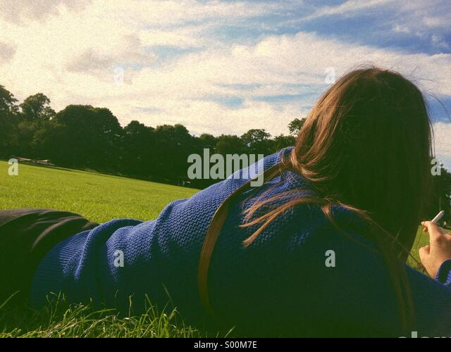 Girl looking away - Stock-Bilder