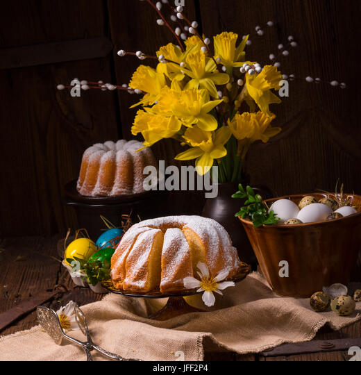easter eggs and daffodils - Stock Image