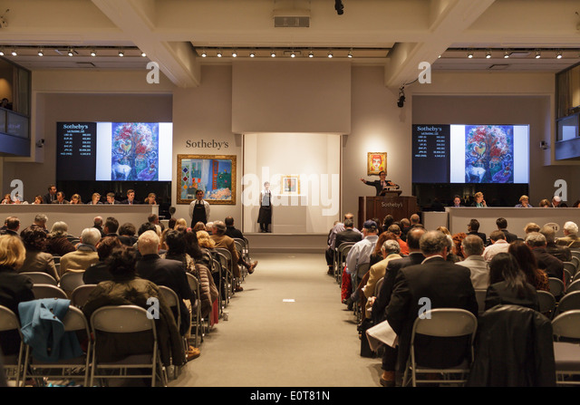 Bidding under way on a Chagall painting, Sotheby's fine art auction, New York, New York, USA - Stock Image