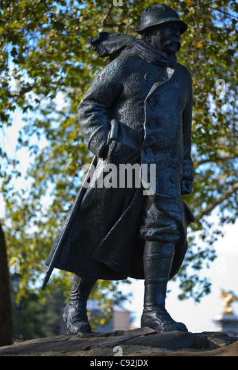 Paris, Clemenceau square, the Clemenceau monument. - Stock Image