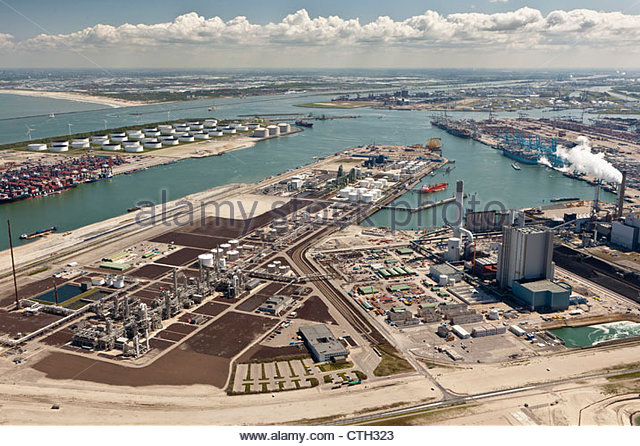 The Netherlands, Rotterdam, Port. Container and oil storage. Aerial. - Stock-Bilder