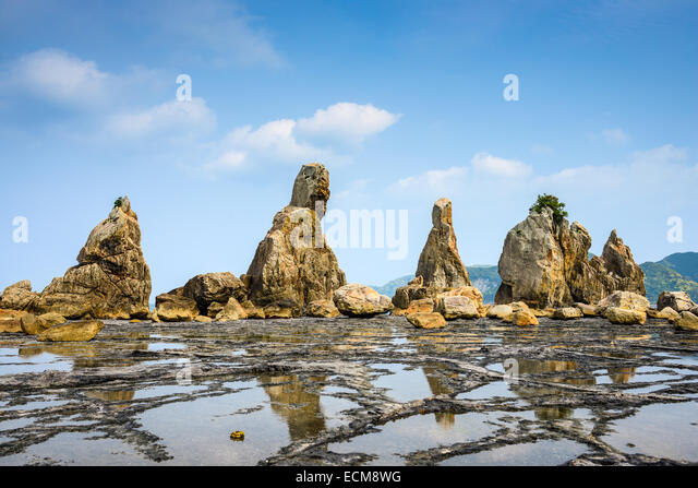 Kushimoto, Wakayama Prefecture, Japan at the Hashi-gui-iwa boulders. - Stock-Bilder