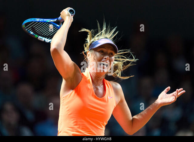 Stuttgart, Germany. 26th Apr, 2017.  Maria Sharapova from Russia does a forehand strike against Italy's Vinci - Stock Image