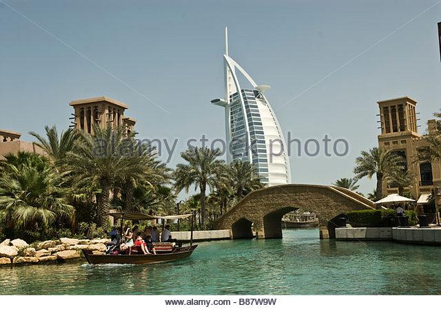 Emirat dubai stock photos emirat dubai stock images alamy for Hotel di dubai