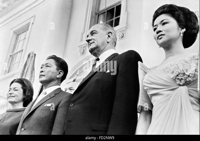 President and Mrs. Lyndon Johnson and President and Mrs. Ferdinand Marcos at the White House, Washington DC, September - Stock Image