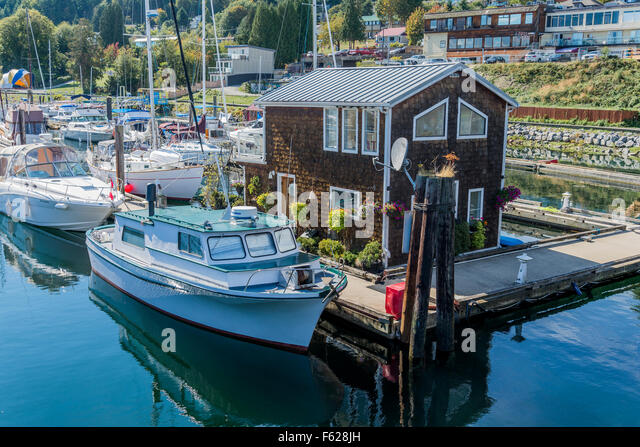 Floating home,  Gibsons Landing, Sunshine Coast, ,British Columbia, Canada - Stock Image