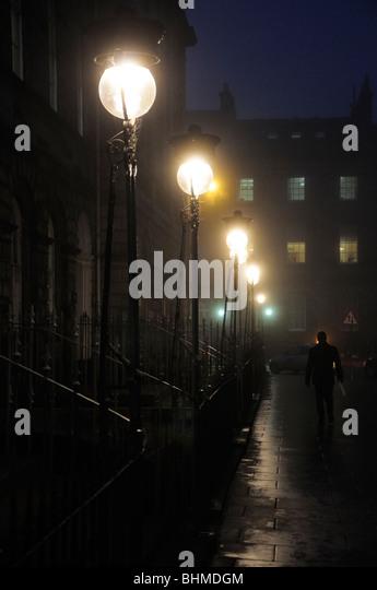 Edinburgh street lamps in fog, Scotland, UK - Stock-Bilder