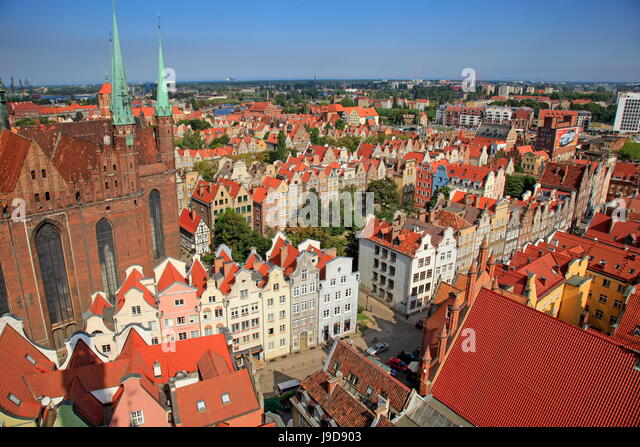 Old Town with Church of St. Mary in Gdansk, Gdansk, Pomerania, Poland, Europe - Stock Image