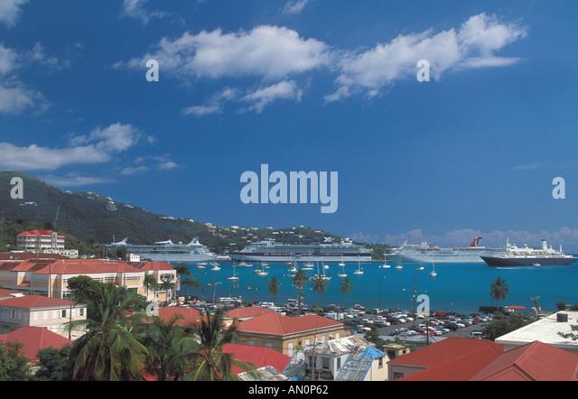 St Thomas USVI   charlotte amalie caribbean cruise port harbor cruise ships sailboats hillside  US United States - Stock Image