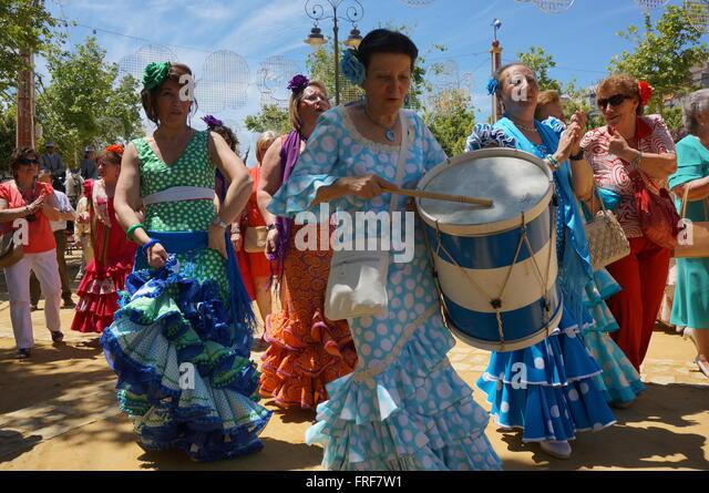jerez de la frontera single women Whatever the secret, jerez de la frontera is well worth a visit and a  our  excellent maitre d', miguel, explains that one of the specialities of the.
