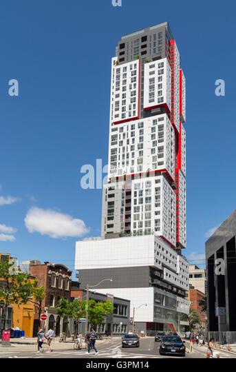 Picasso condo building in Toronto - Stock Image