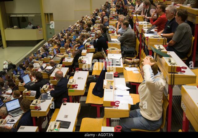 Buyers in the auction rooms at Aalsmeer Bloemingveiling - Stock Image