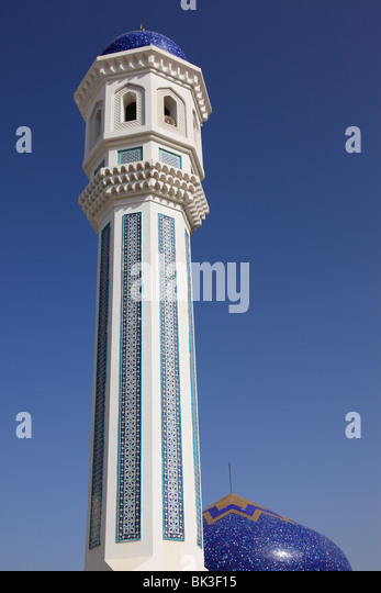 minaret of mosque in the city of Qurum Muscat, Sultanate of Oman, Arab country, Asia. Photo by Willy Matheisl - Stock Image