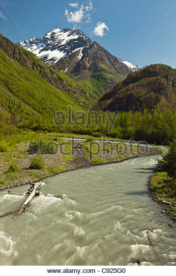 Scenic view of the east fork of Eklutna River with Bashful Peak in the background, Chugach State Park, Southcentral - Stock Image