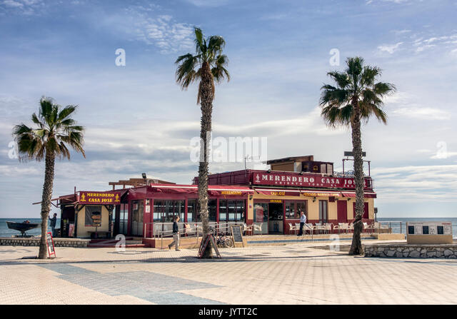 Beachfront Cafes Near Me