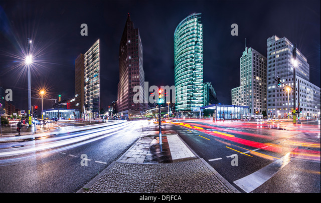 The financial district of Berlin, Germany known as Potsdamer Platz. - Stock-Bilder
