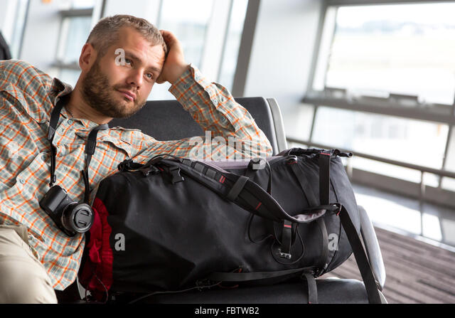 Traveler looking into far - Stock-Bilder
