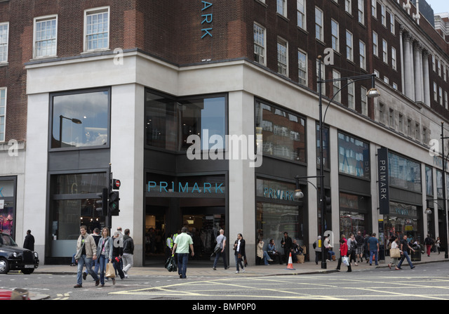 retailing and flagship store Dive brief: h&m has recently set up voice interactive mirrors at its new york city flagship store in times square that wake up through facial recognition when someone looks at it long enough.