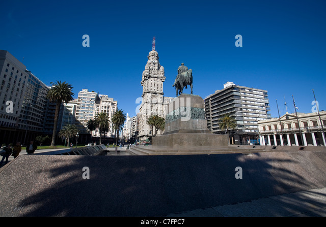 Plaza Independecia, Montevideo Uruguay - Stock Image