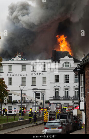 The Royal Clarence Hotel catches fire following an earlier fire in the adjacent art gallery on Cathedral Green, - Stock Image