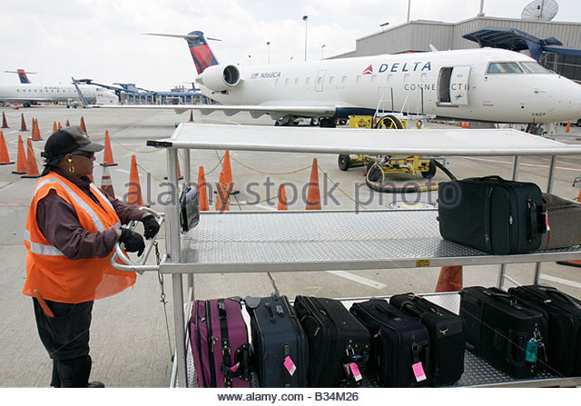 Atlanta Georgia Hartsfield-Jackson Atlanta International Airport CRJ100 jet regional airliner Delta Connection commuter - Stock Image