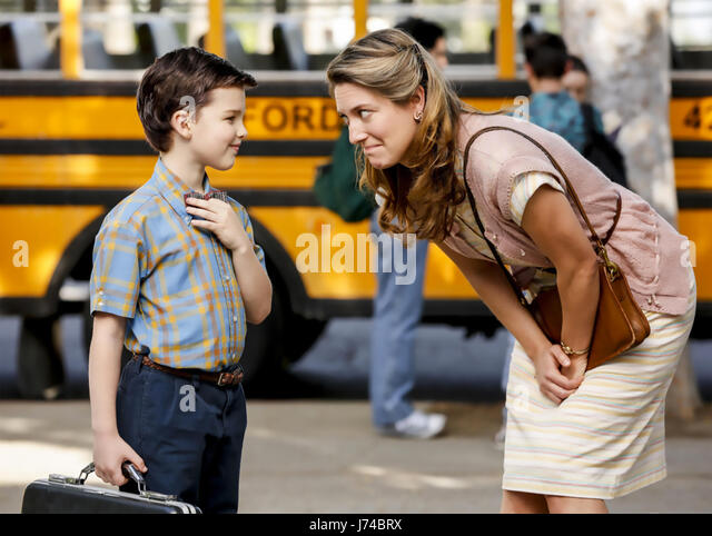 YOUNG SHELDON 2017 Warner bros TV series with Ian Armitage and Zoe Perry - Stock-Bilder