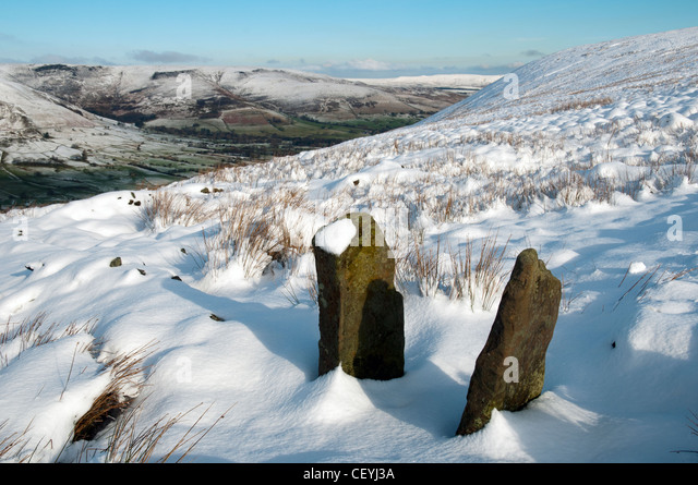 Edale from the Chapel Gate track in winter.  Peak District, Derbyshire, England, UK. - Stock Image