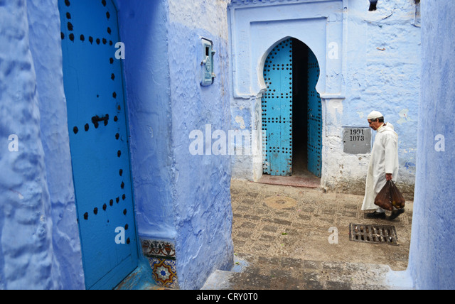 Street scene in Chefchaouen, Morocco - Stock Image