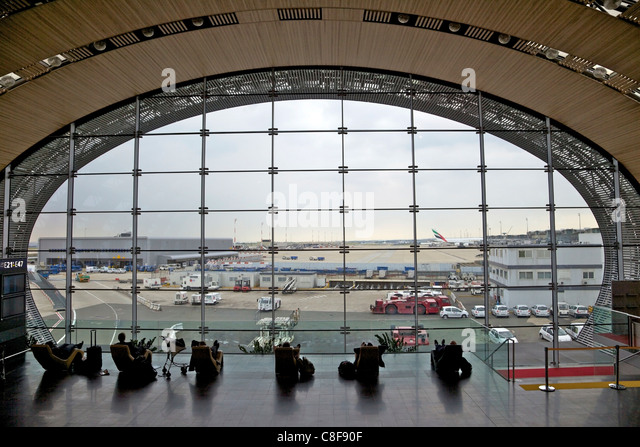 paris charles de gaulle airport stock photos paris charles de gaulle airport stock images alamy. Black Bedroom Furniture Sets. Home Design Ideas