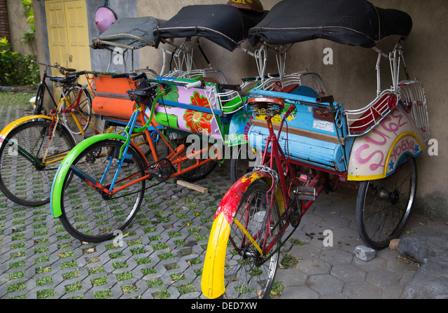 Indonesian Becak  - the generic name is a cycle rickshaw. - Stock-Bilder